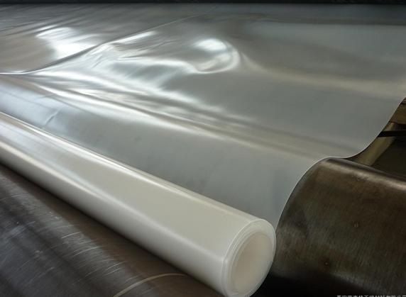 土工布功能和长丝土工布的存放
